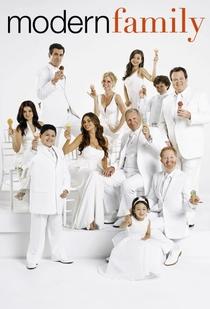 Família Moderna (4ª Temporada) - Poster / Capa / Cartaz - Oficial 1
