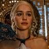 007: Emilia Clarke quer viver James Bond e longa pode ter mulher na direção