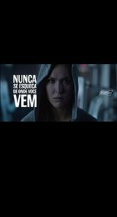 Budweiser - Ronda Rousey - Poster / Capa / Cartaz - Oficial 1