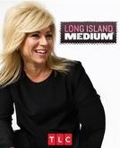 A Médium (Long Island Medium)