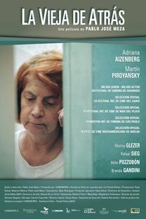 A Velha dos Fundos - Poster / Capa / Cartaz - Oficial 2