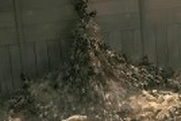 """Veja bastidores do exército de zombies atacando Jerusalém em """"Guerra Mundial Z"""""""