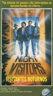Visitantes Noturnos - Poster / Capa / Cartaz - Oficial 2