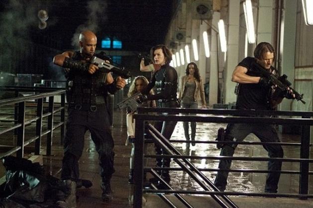 Quatro Cenas Inéditas, Novas Fotos e Comerciais de 'Resident Evil 5:Retribuição'