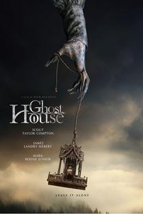 Casa Fantasma - Poster / Capa / Cartaz - Oficial 1