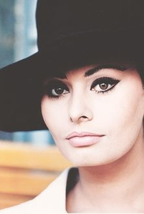 Sophia Loren - Poster / Capa / Cartaz - Oficial 6