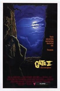 O Portão II: Eles Estão de Volta - Poster / Capa / Cartaz - Oficial 5