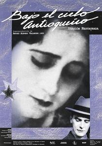Bajo el cielo antioqueño - Poster / Capa / Cartaz - Oficial 1