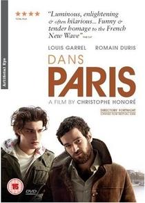 Em Paris - Poster / Capa / Cartaz - Oficial 1