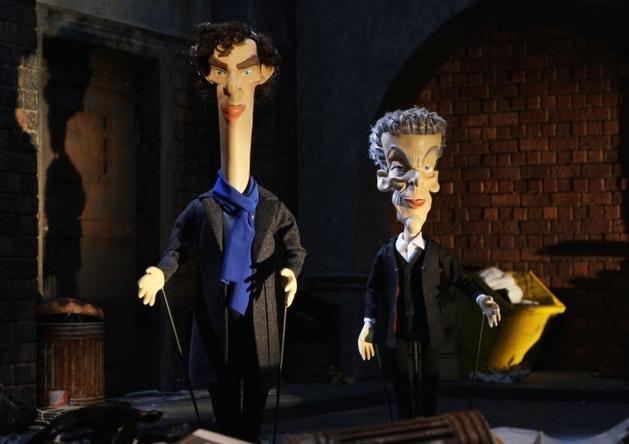 Doctor Who vs Sherlock! (num show de marionetes)