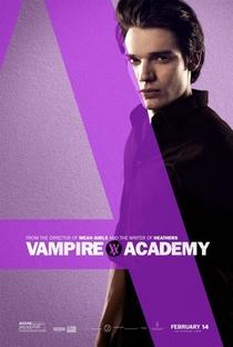 Academia de Vampiros: O Beijo das Sombras - Poster / Capa / Cartaz - Oficial 23