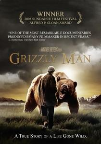 O Homem-Urso - Poster / Capa / Cartaz - Oficial 2