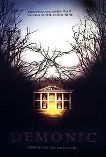 A Casa dos Mortos - Poster / Capa / Cartaz - Oficial 1