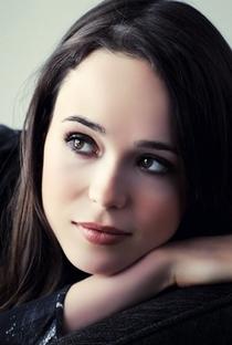 Ellen Page - Poster / Capa / Cartaz - Oficial 3
