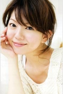 Yui Makino (II) - Poster / Capa / Cartaz - Oficial 1