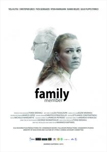 Family Member - Poster / Capa / Cartaz - Oficial 1