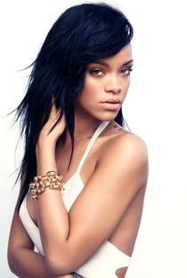Rihanna - Poster / Capa / Cartaz - Oficial 1