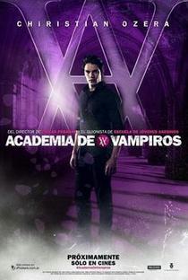 Academia de Vampiros: O Beijo das Sombras - Poster / Capa / Cartaz - Oficial 7