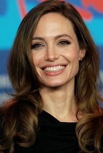 Angelina Jolie - Poster / Capa / Cartaz - Oficial 8
