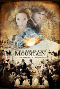 O Silêncio da Montanha - Poster / Capa / Cartaz - Oficial 1
