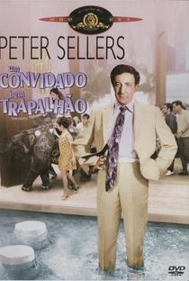 Um Convidado Bem Trapalhão - Poster / Capa / Cartaz - Oficial 5
