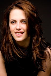 Kristen Stewart - Poster / Capa / Cartaz - Oficial 2