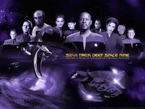 Jornada nas Estrelas: Deep Space Nine (1ª Temporada) - Poster / Capa / Cartaz - Oficial 5