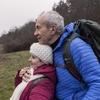 Em cena de Dafne, pai e filha conversam sobre seus sentimentos