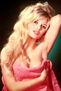 Brigitte Bardot - Poster / Capa / Cartaz - Oficial 6