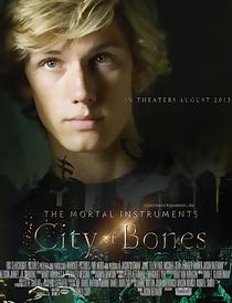Os Instrumentos Mortais: Cidade dos Ossos - Poster / Capa / Cartaz - Oficial 20