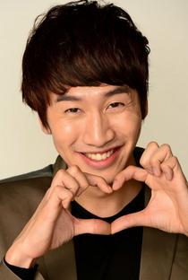 Lee Kwang Soo - Poster / Capa / Cartaz - Oficial 5