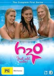 H2O: Meninas Sereias (1ª temporada) - Poster / Capa / Cartaz - Oficial 2