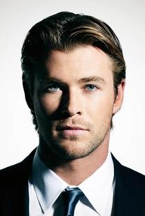Chris Hemsworth - Poster / Capa / Cartaz - Oficial 2