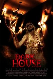 Dark House - Poster / Capa / Cartaz - Oficial 2