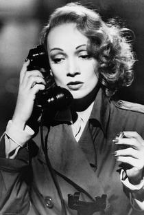 Marlene Dietrich - Poster / Capa / Cartaz - Oficial 2