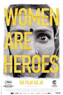 Mulheres Heroínas - Poster / Capa / Cartaz - Oficial 1