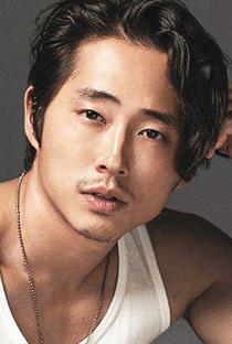 Steven Yeun - Poster / Capa / Cartaz - Oficial 1
