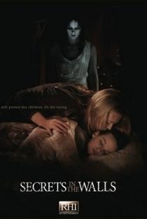 Enquanto as Crianças Dormem - Poster / Capa / Cartaz - Oficial 1