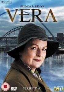 Vera (2ª Temporada) - Poster / Capa / Cartaz - Oficial 1
