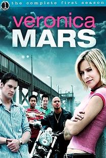 Veronica Mars: A Jovem Espiã (1ª Temporada) - Poster / Capa / Cartaz - Oficial 1