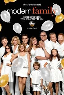 Modern Family (9ª Temporada) - Poster / Capa / Cartaz - Oficial 1