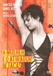 A Mulher e o Atirador de Facas - Poster / Capa / Cartaz - Oficial 5