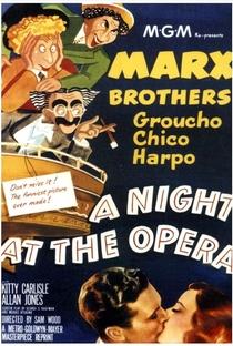 Uma Noite na Ópera - Poster / Capa / Cartaz - Oficial 3
