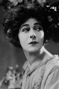 Alla Nazimova - Poster / Capa / Cartaz - Oficial 3