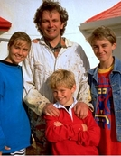A Família Twist (1ª Temporada) (Round the Twist (Season 1))