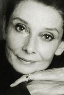 Audrey Hepburn (I) - Poster / Capa / Cartaz - Oficial 3