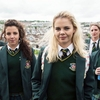 Crítica: Derry Girls - 1ª temporada (2018, de Lisa McGee)