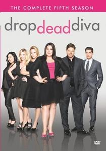 Drop Dead Diva (5ª Temporada) - Poster / Capa / Cartaz - Oficial 1