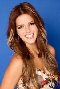 Claudia Álvarez