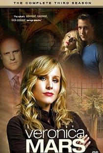 Veronica Mars: A Jovem Espiã (3ª Temporada) - Poster / Capa / Cartaz - Oficial 8